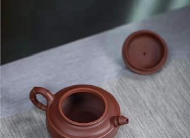 高俊紫砂壶作品|原矿底槽清双线竹鼓壶380CC手制真品多少钱