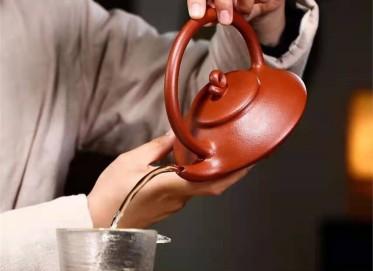 高俊紫砂壶作品|原矿大红袍化蝶壶330CC手工正品价格表