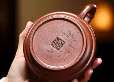 储国峰紫砂壶作品|原矿底槽清双线竹鼓壶360CC全手工真品价格