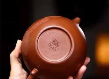 高俊紫砂壶作品|原矿紫泥掇只壶400CC手制真品价位