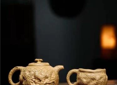 秦国萍紫砂壶作品|原矿段泥供春套组壶300CC手工正品行情
