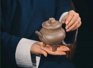 牟锦芬紫砂壶作品|原矿段泥祝福壶270CC手制正品多少钱