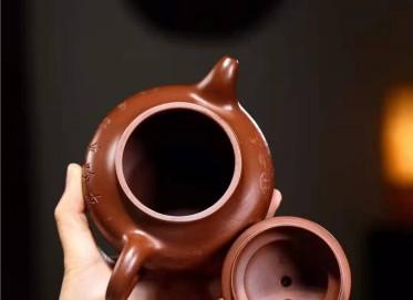 高俊紫砂壶作品|原矿底槽清莲子壶370CC手工真品价格