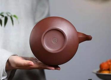 朱新南紫砂壶作品 原矿底槽清壁玉提梁壶500CC手工真品价格
