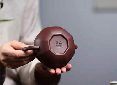 朱新南紫砂壶作品|原矿紫泥八方狮球壶330CC全手工真品价值