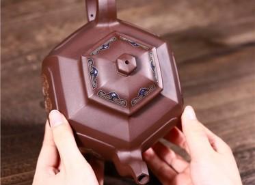 范君浩紫砂壶作品 原矿底槽清六方宫灯壶840CC手制真品价位