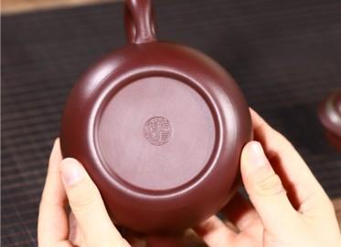 范君浩紫砂壶作品|紫茄泥道洪云肩壶350CC纯手工正品价格表