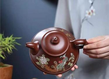 朱新南紫砂壶作品 原矿底槽清富贵呈祥壶450CC纯手工正品行情