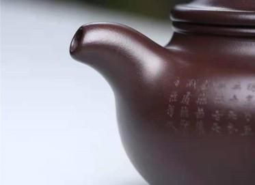 刘莹紫砂壶作品|紫茄泥仿古壶260CC手工正品行情