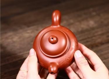 范君浩紫砂壶作品|原矿朱泥掇只壶240CC手制真品价格