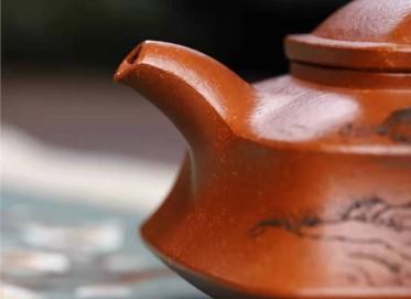 刘莹紫砂壶作品 原矿降坡泥四方牛盖套组壶260CC手制真品价值