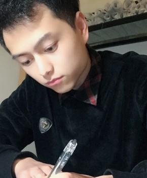 紫砂壶工艺师杨广名家照片
