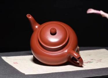 柯俊芬紫砂壶作品 笑樱壶 原矿大红袍朱泥 350cc 光器 工艺美术师 柯俊芬紫砂壶价格,多少钱