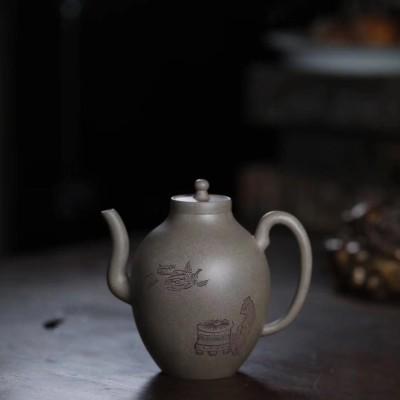 华芳玉作品 「清供图」橄榄壶