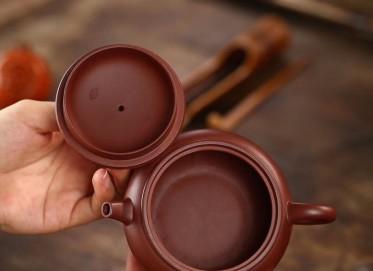 杨军保紫砂壶作品 如意圈钮壶 原矿底槽清 250cc 光器 工艺美术师 杨军保紫砂壶价格,多少钱