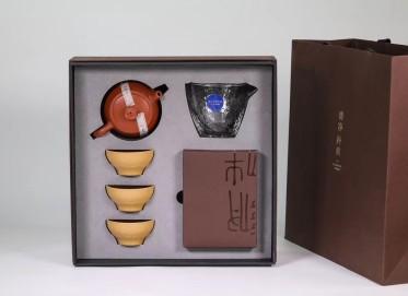 清朴堂紫砂壶作品 大成套组壶 红泥 260cc 光器  清朴堂紫砂壶价格,多少钱