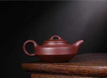 徐健紫砂壶作品 汉君壶 原矿紫泥 300CC 助理工艺美术师 汉君紫砂壶价格,多少钱