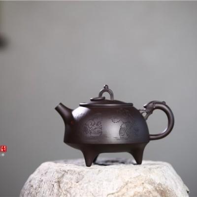 吴赛春作品 环龙三足