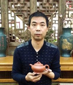 紫砂壶工艺师徐建平名家照片