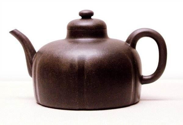 紫砂壶茶锈和茶垢该不该清理掉