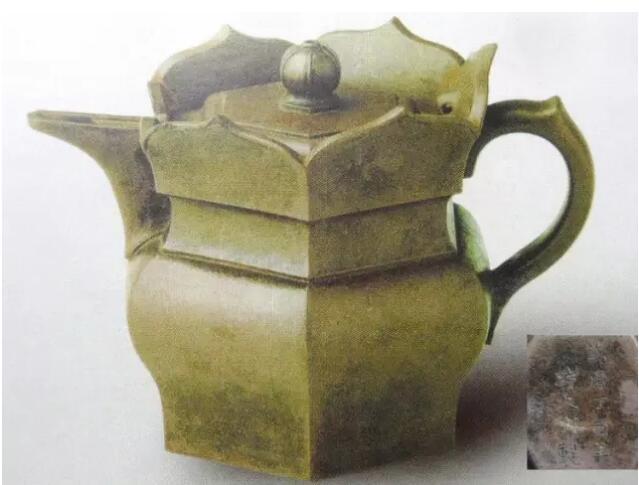 流传几百年的这把紫砂壶 却极少在茶盘上见到