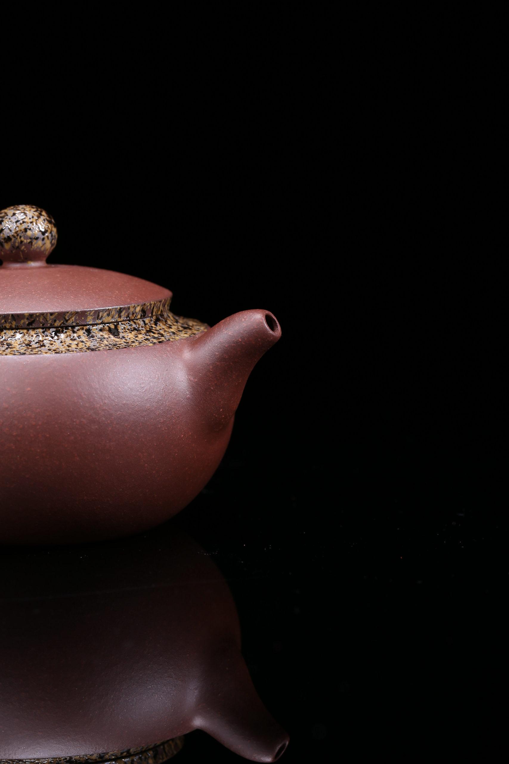 紫砂鉴赏丨邱玉林·小扁禅壶