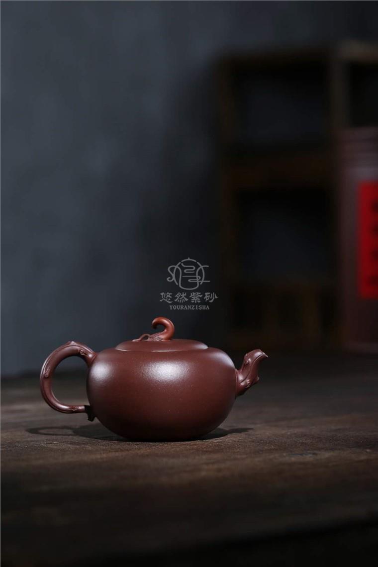 蒋艺华作品 辣椒壶图片