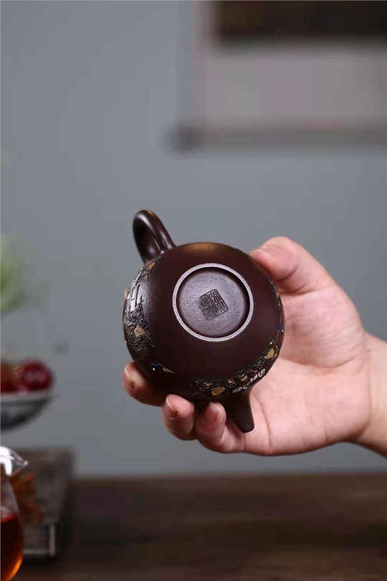 陈顺根作品 泥绘掇球壶图片