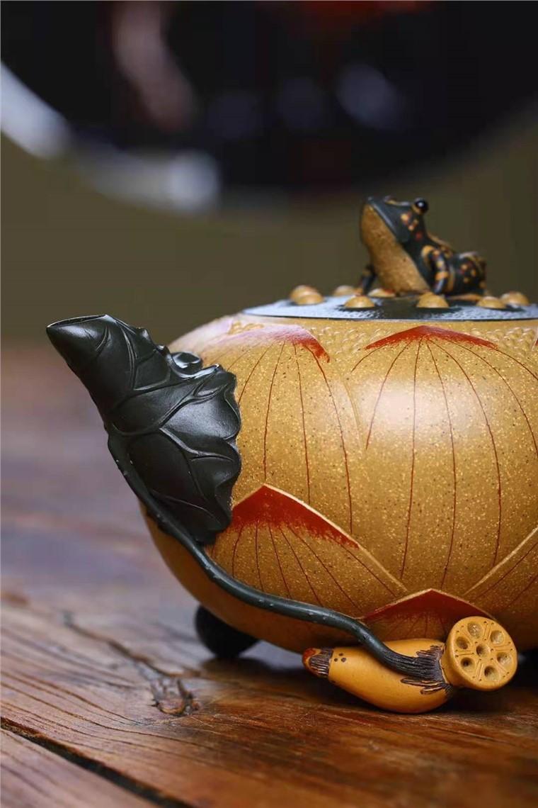刘莹作品 青蛙莲子套壶图片