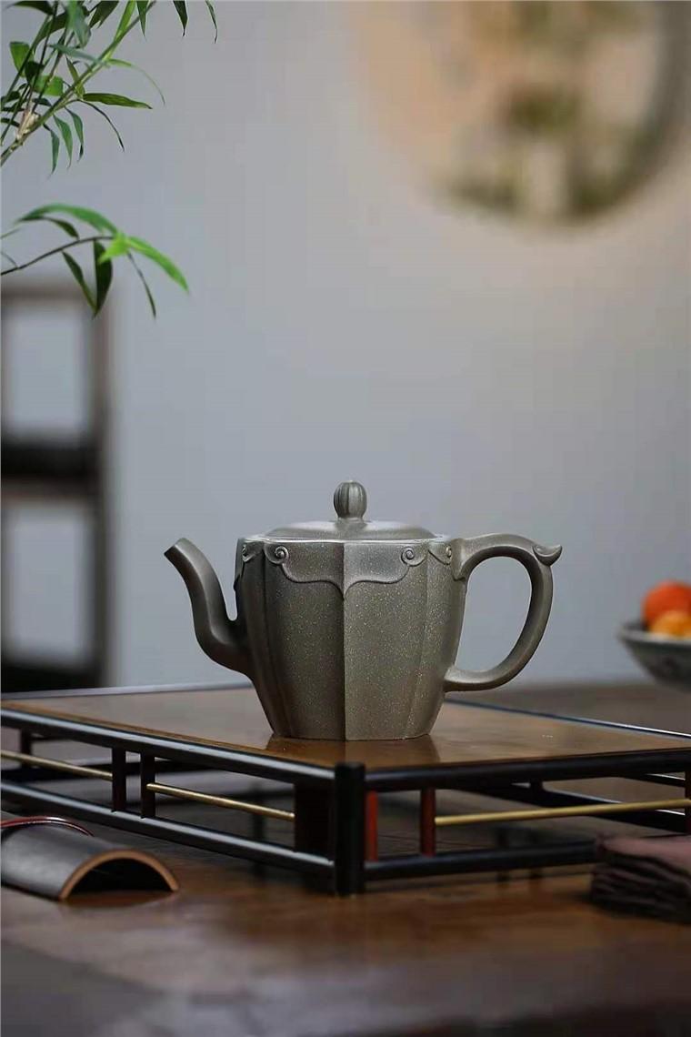 朱新南作品 青玉菱花图片