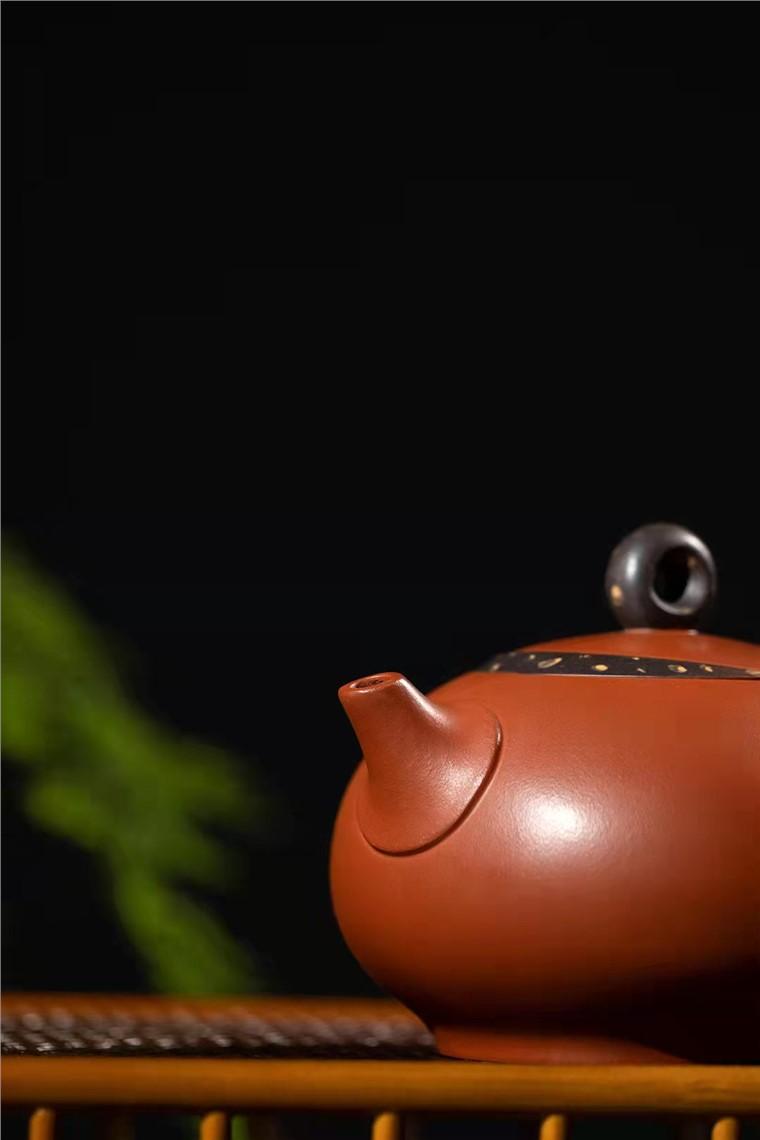 范微琴作品 月影壶图片