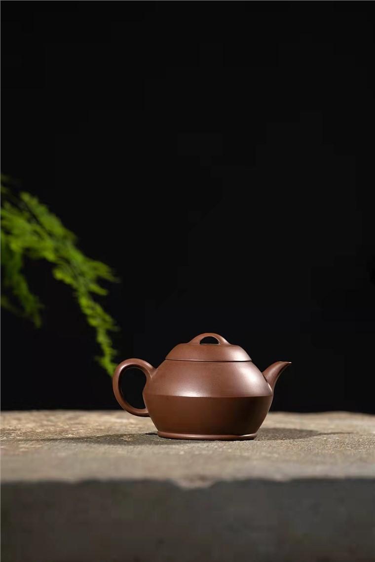 范微琴作品 茶香壶图片