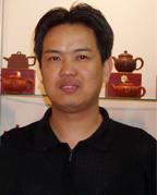 紫砂壶工艺师周岳明名家照片
