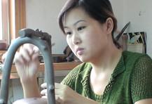 紫砂壶工艺师陈伟名家照片